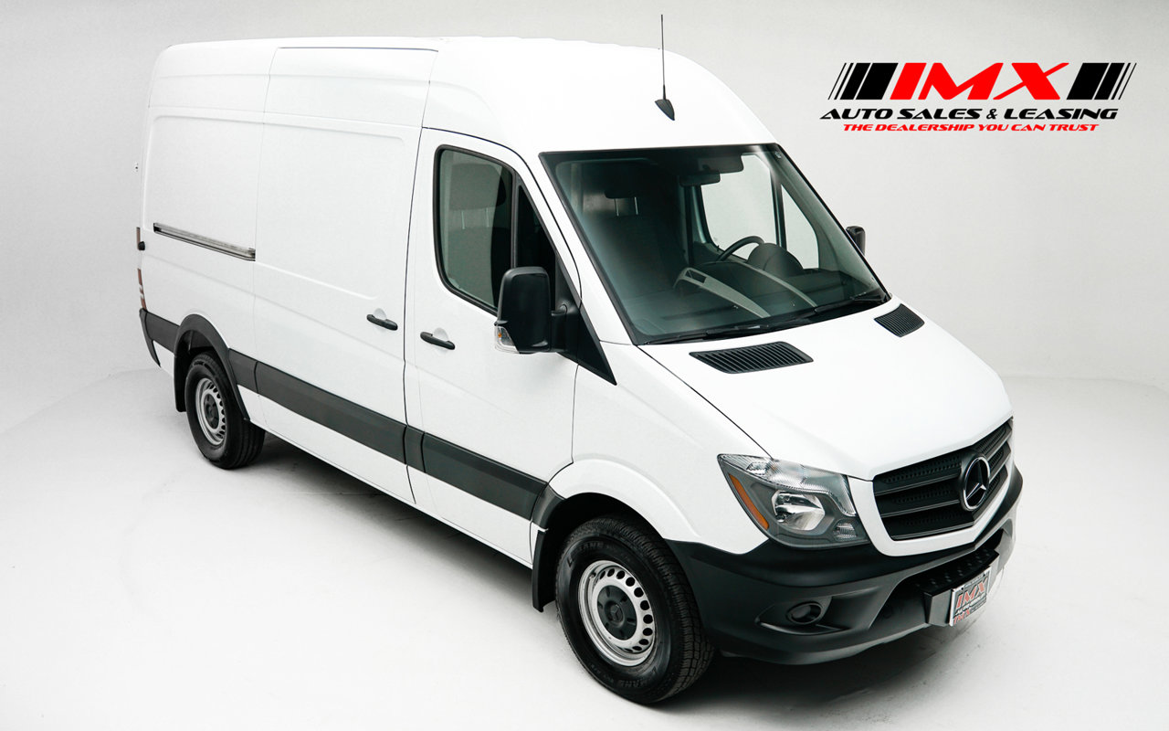 2017 Mercedes-Benz Sprinter Cargo Van 2500 Standard Roof V6 144″ RWD Intercooled Turbo Diesel V-6 3.0 L/182 [25]