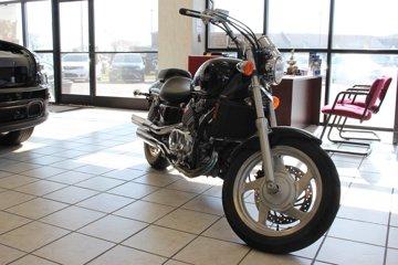 2002 HONDA VF750C