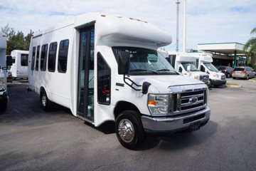 2011 Ford Econoline 122 Wheelchair Bus