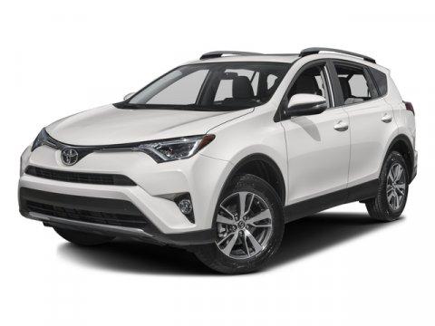 2017 Toyota RAV4 XLE Navigation