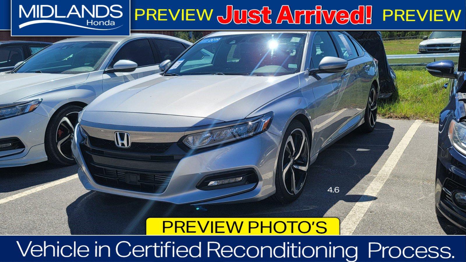 2019 Honda Accord Sedan Sport 1.5T Sport 1.5T CVT Intercooled Turbo Regular Unleaded I-4 1.5 L/91 [17]