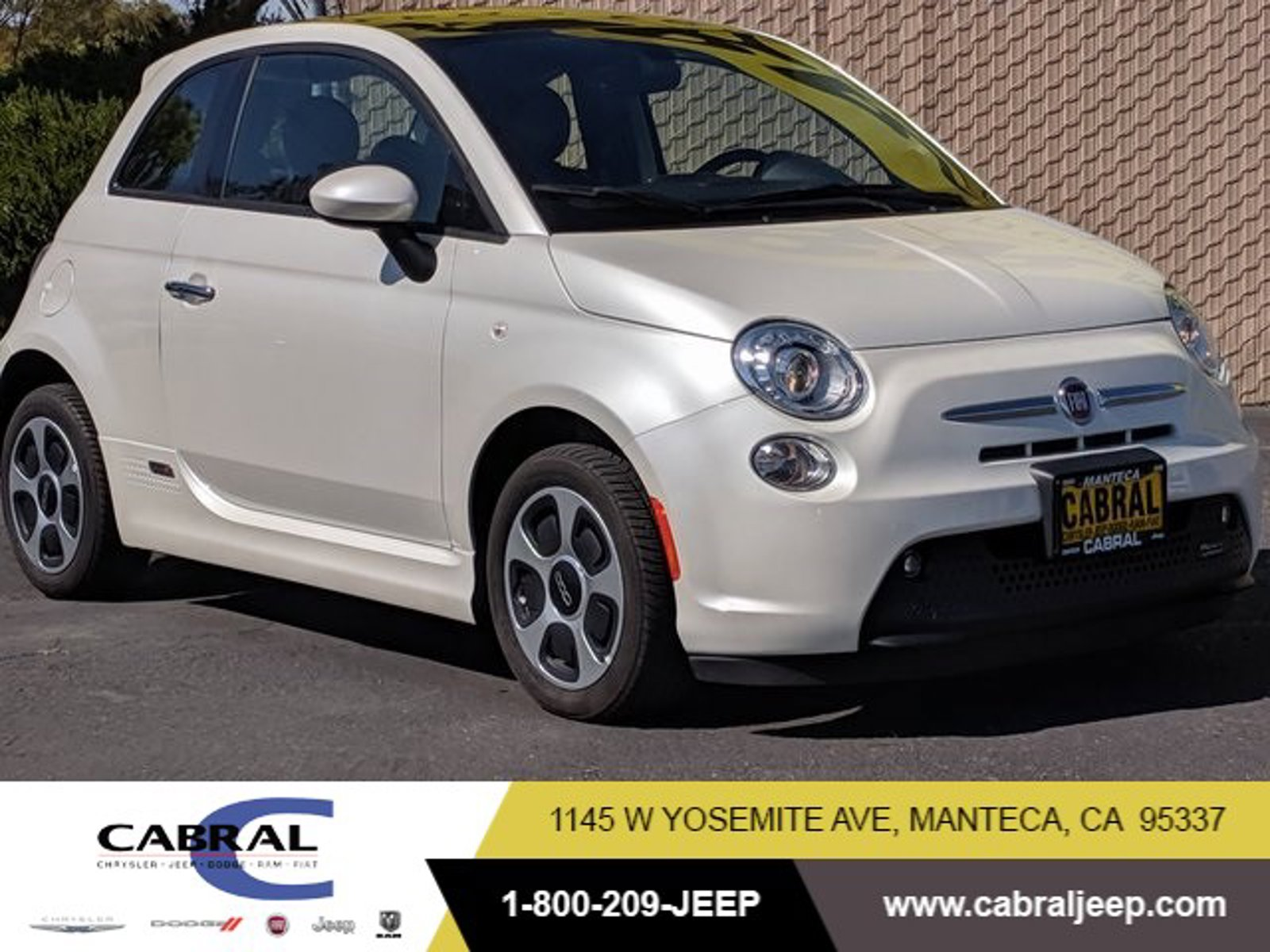 2018 FIAT 500e Battery Electric Hatch Electric [0]