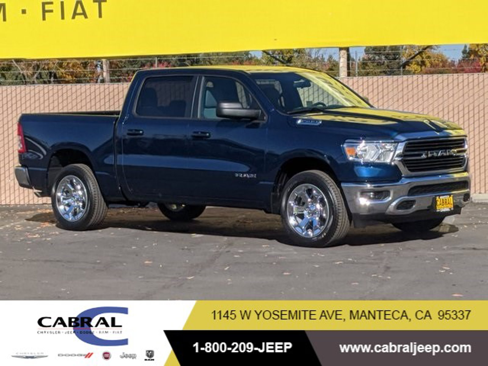 2021 Ram 1500 Big Horn Big Horn 4x2 Crew Cab 5'7″ Box Gas/Electric V-6 3.6 L/220 [3]