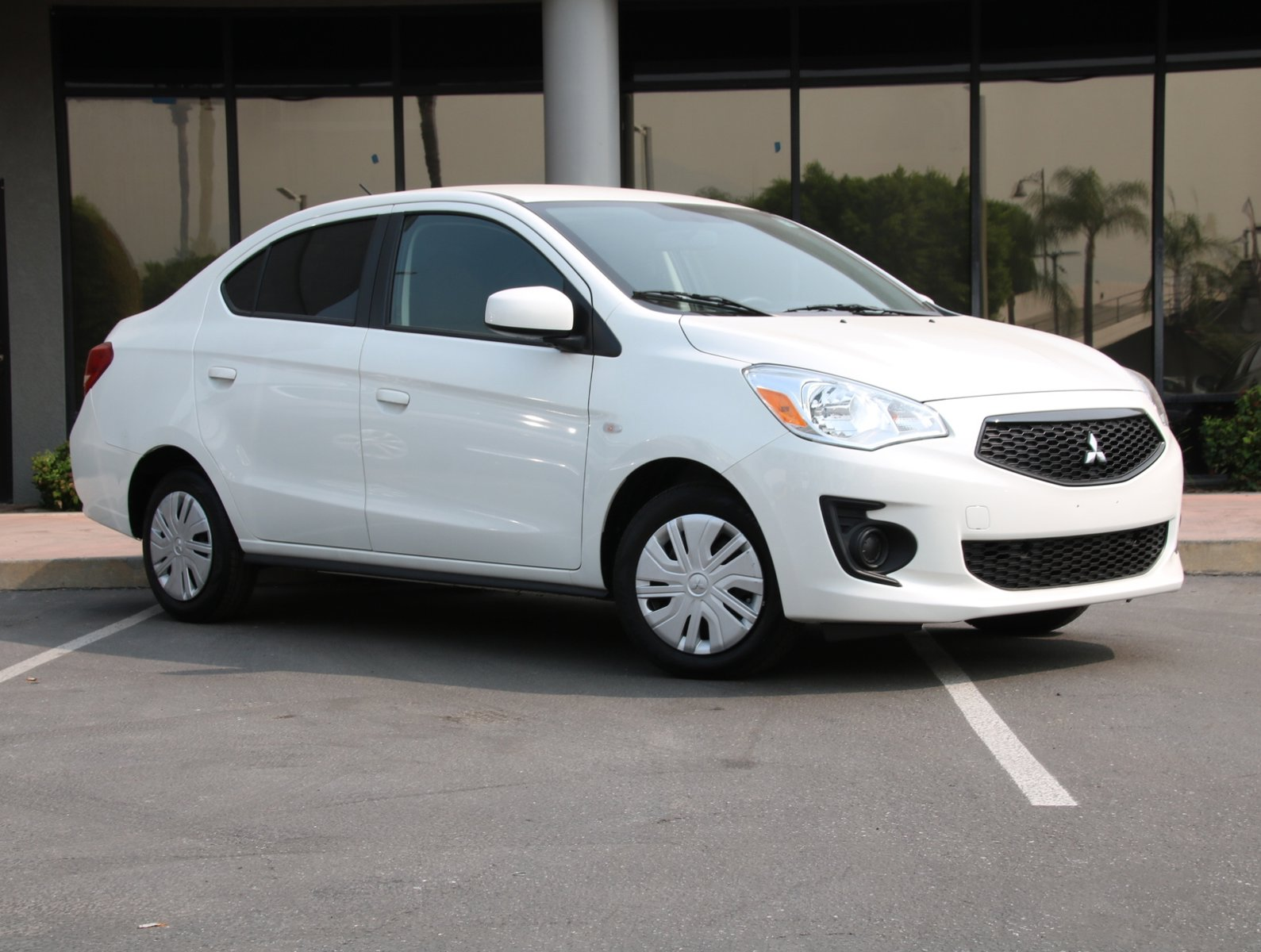 2020 Mitsubishi Mirage G4 ES  Regular Unleaded I-3 1.2 L/73 [13]