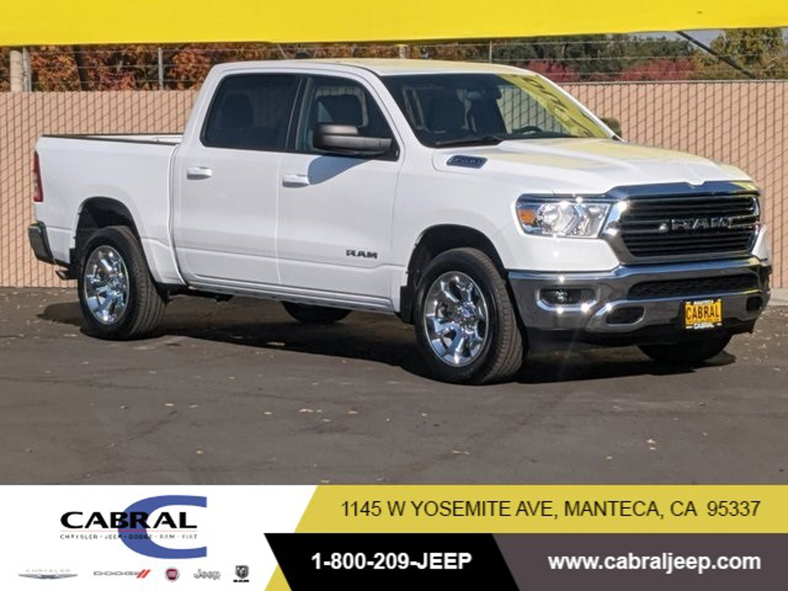 2021 Ram 1500 Big Horn Big Horn 4x2 Crew Cab 5'7″ Box Gas/Electric V-6 3.6 L/220 [1]