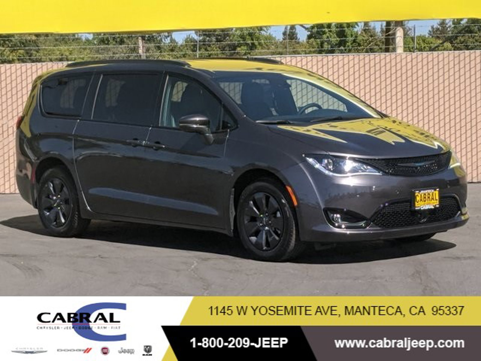 2020 Chrysler Pacifica Hybrid Limited Hybrid Limited FWD Gas/Electric V-6 3.6 L/220 [4]