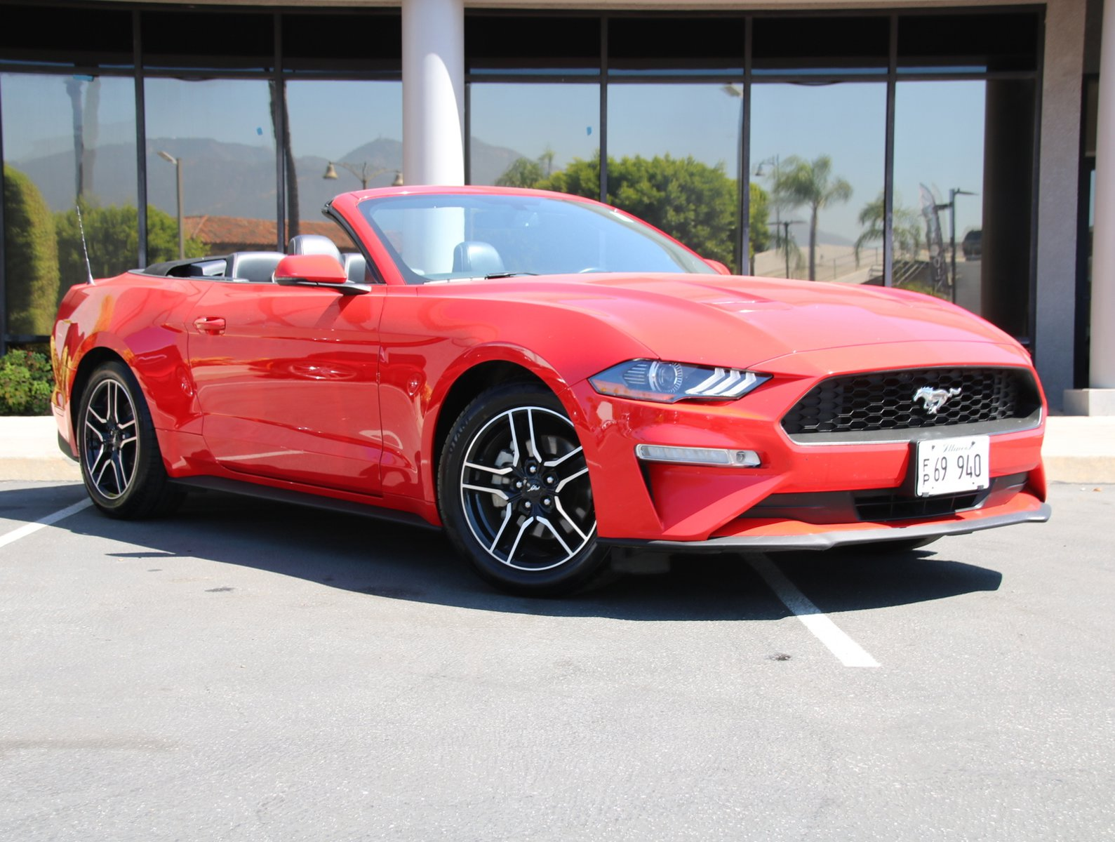 2019 Ford Mustang EcoBoost EcoBoost Convertible Intercooled Turbo Premium Unleaded I-4 2.3 L/140 [6]