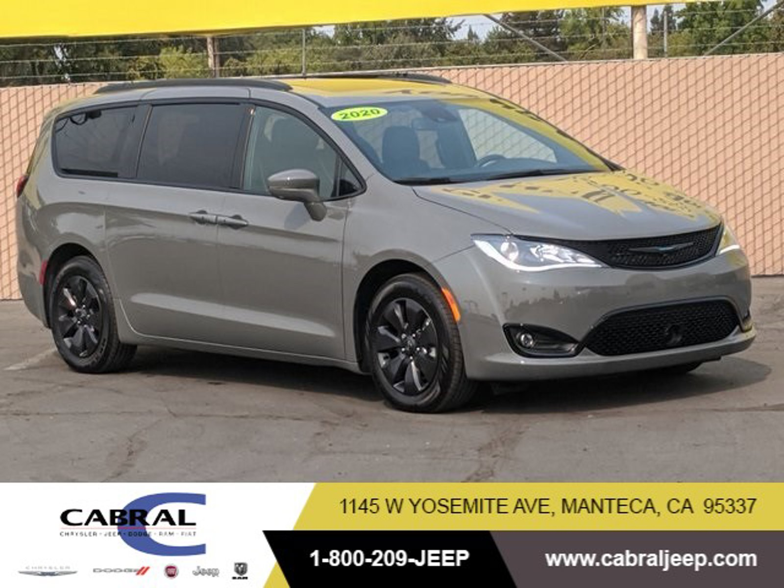 2020 Chrysler Pacifica Hybrid Limited Hybrid Limited FWD Gas/Electric V-6 3.6 L/220 [6]