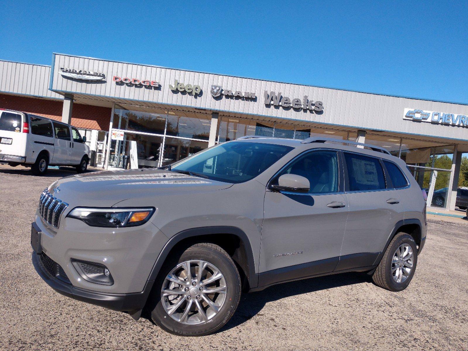 2021 Jeep Cherokee Latitude Plus Latitude Plus FWD Regular Unleaded I-4 2.4 L/144 [5]