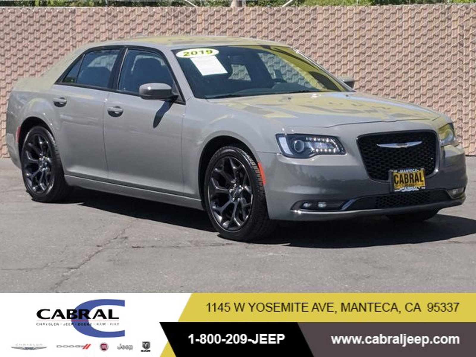 2019 Chrysler 300 300S 300S RWD Regular Unleaded V-6 3.6 L/220 [2]