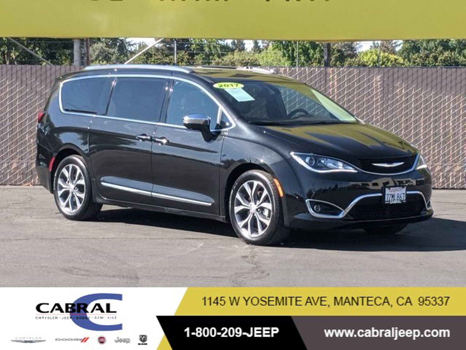 2017 Chrysler Pacifica Limited Limited FWD Regular Unleaded V-6 3.6 L/220 [1]