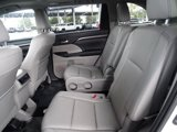 Used 2014 Toyota Highlander FWD 4dr V6  Limited