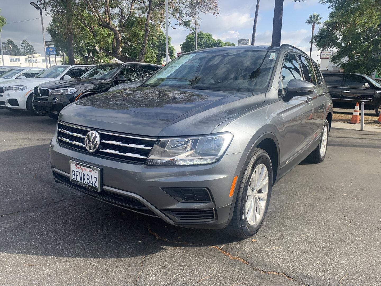 2018 Volkswagen Tiguan 2.0T SEL SPORT UTILITY 4D  Intercooled Turbo Regular Unleaded I-4 2.0 L/121 [9]