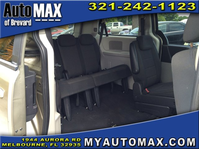 2009 Dodge Grand Caravan Mini-van, Passenger