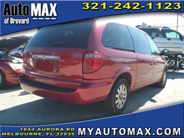 2002 Chrysler Town & Country Mini-van, Passenger
