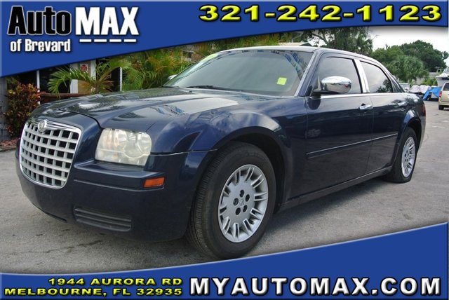2006 Chrysler 300 4dr Car