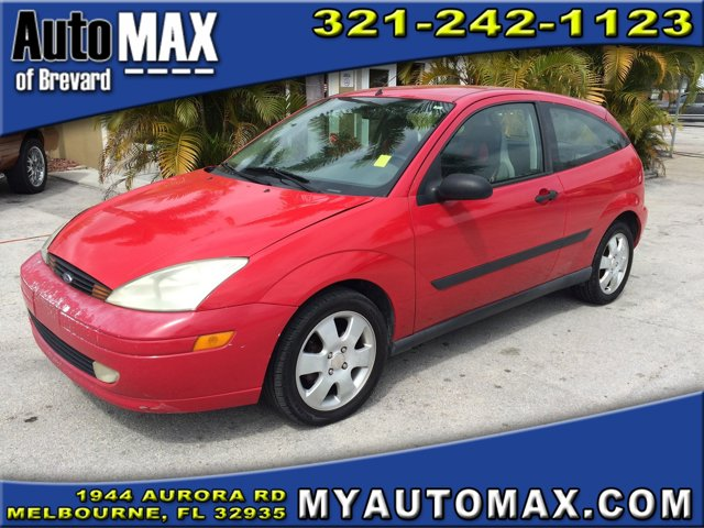 2001 Ford Focus 2dr Car