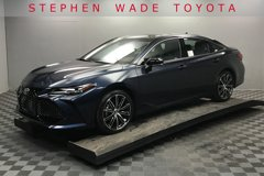 2020-Toyota-Avalon-Touring