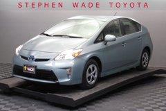 2014-Toyota-Prius-Four