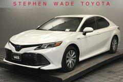 2018-Toyota-Camry-Hybrid-LE