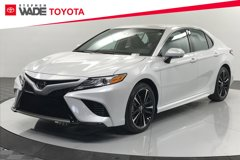 2020-Toyota-Camry-XSE