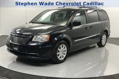 2014-Chrysler-Town-&-Country-Touring