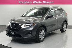 2017-Nissan-Rogue-SV