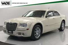 2008-Chrysler-300C-Base