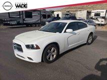 2014-Dodge-Charger-SE