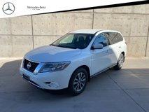 2014-Nissan-Pathfinder-S