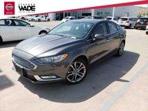 2017-Ford-Fusion-Hybrid-SE