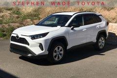 2020-Toyota-RAV4-LE
