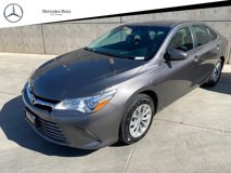 2016-Toyota-Camry-LE