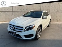2016-Mercedes-Benz-GLA-GLA-250