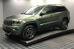 2020-Jeep-Grand-Cherokee-Trailhawk