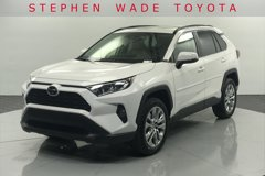 2020-Toyota-RAV4-XLE-Premium