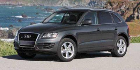 2011 Audi Q5 3.2 quattro Premium Plus AWD