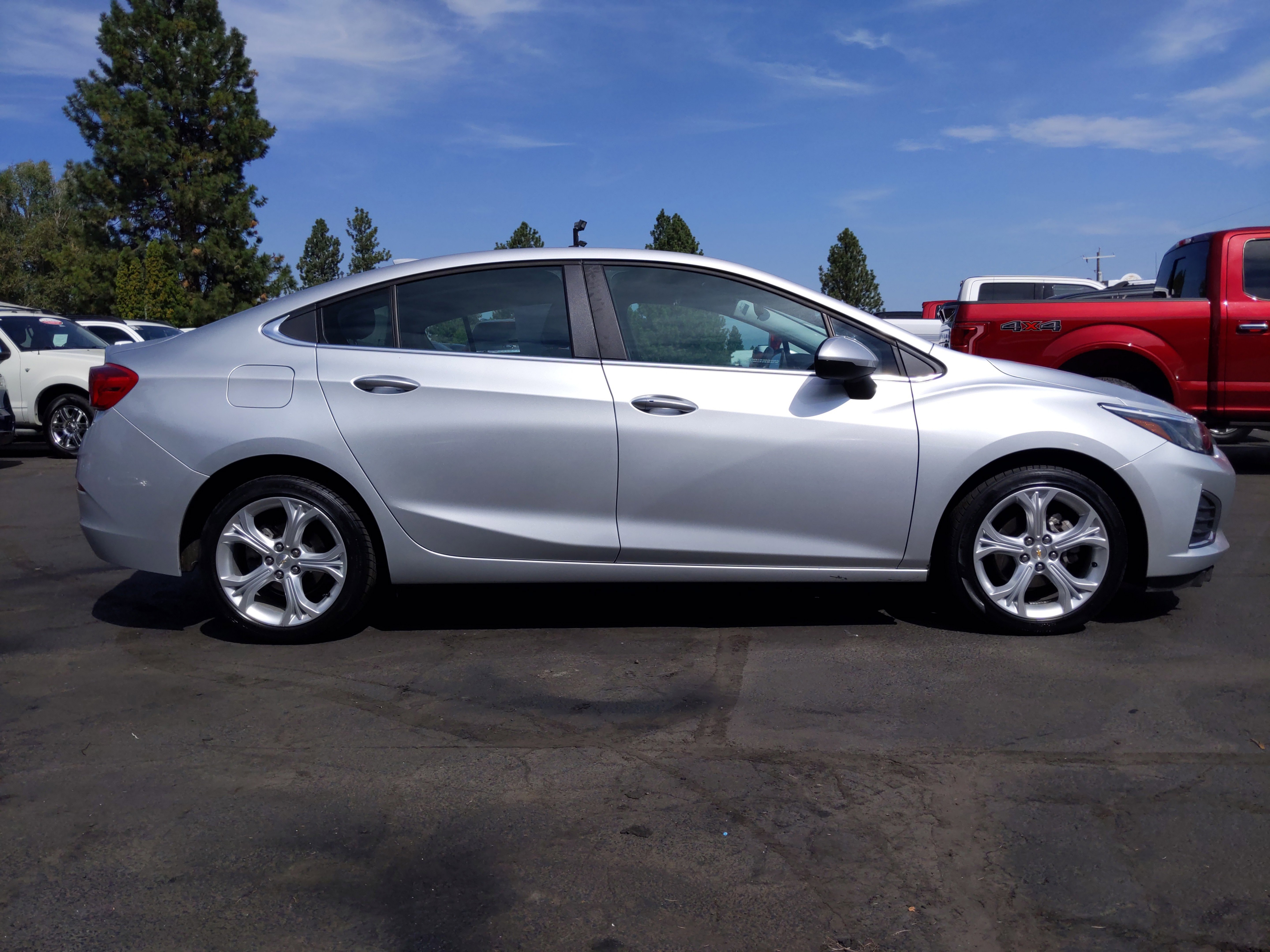 2019 Chevrolet Cruze Premier LEATHER LOADED