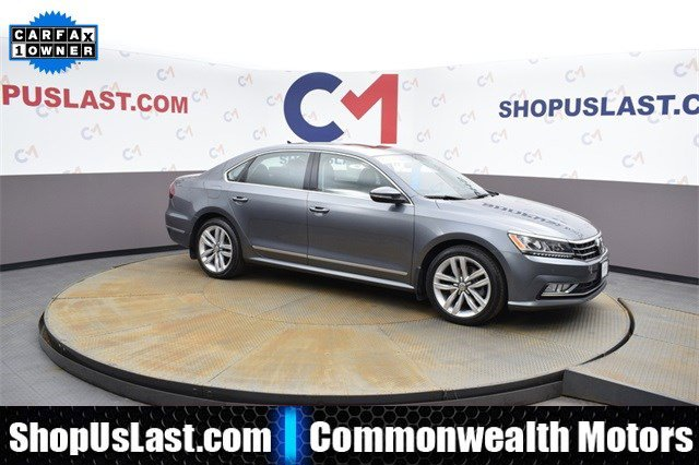2017 Volkswagen Passat 1.8T SE with Technology