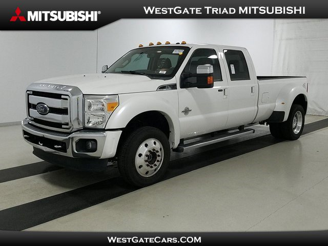 2016 Ford Super Duty F-450 DRW Lariat