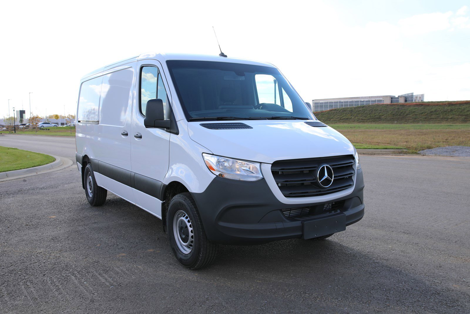 New 2019 Mercedes-Benz Sprinter Cargo Van 2500 144 WB SR
