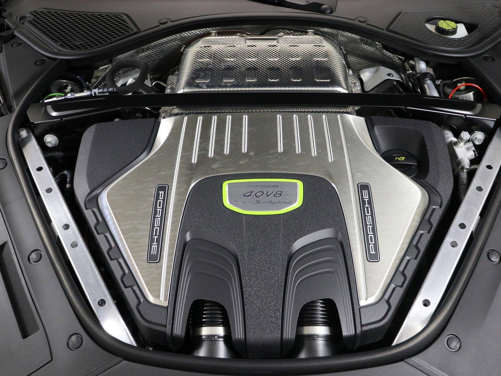 New 2020 Porsche Panamera Turbo S E-Hybrid