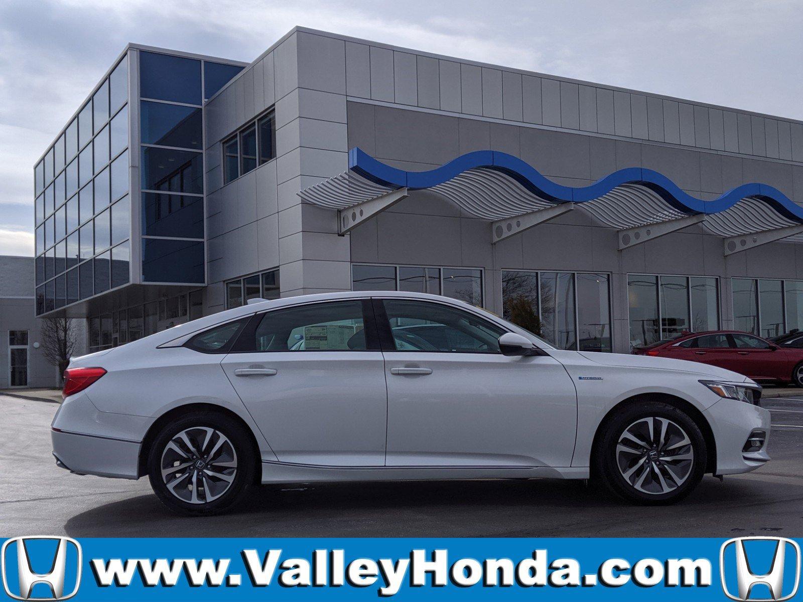 Pre-Owned 2019 Honda Accord Hybrid EX-L