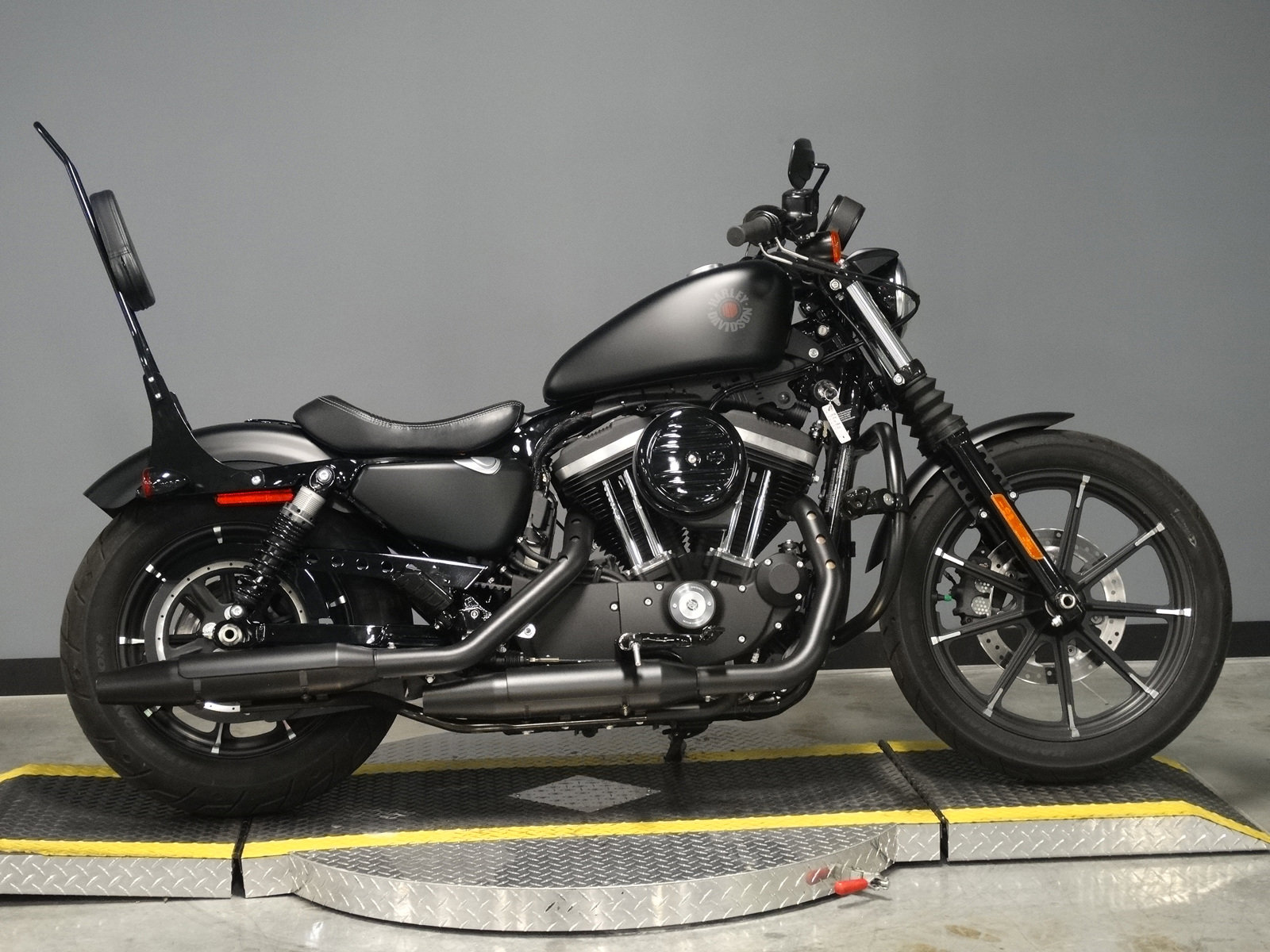 Pre-Owned 2020 Harley-Davidson Street Iron 883 XL883N