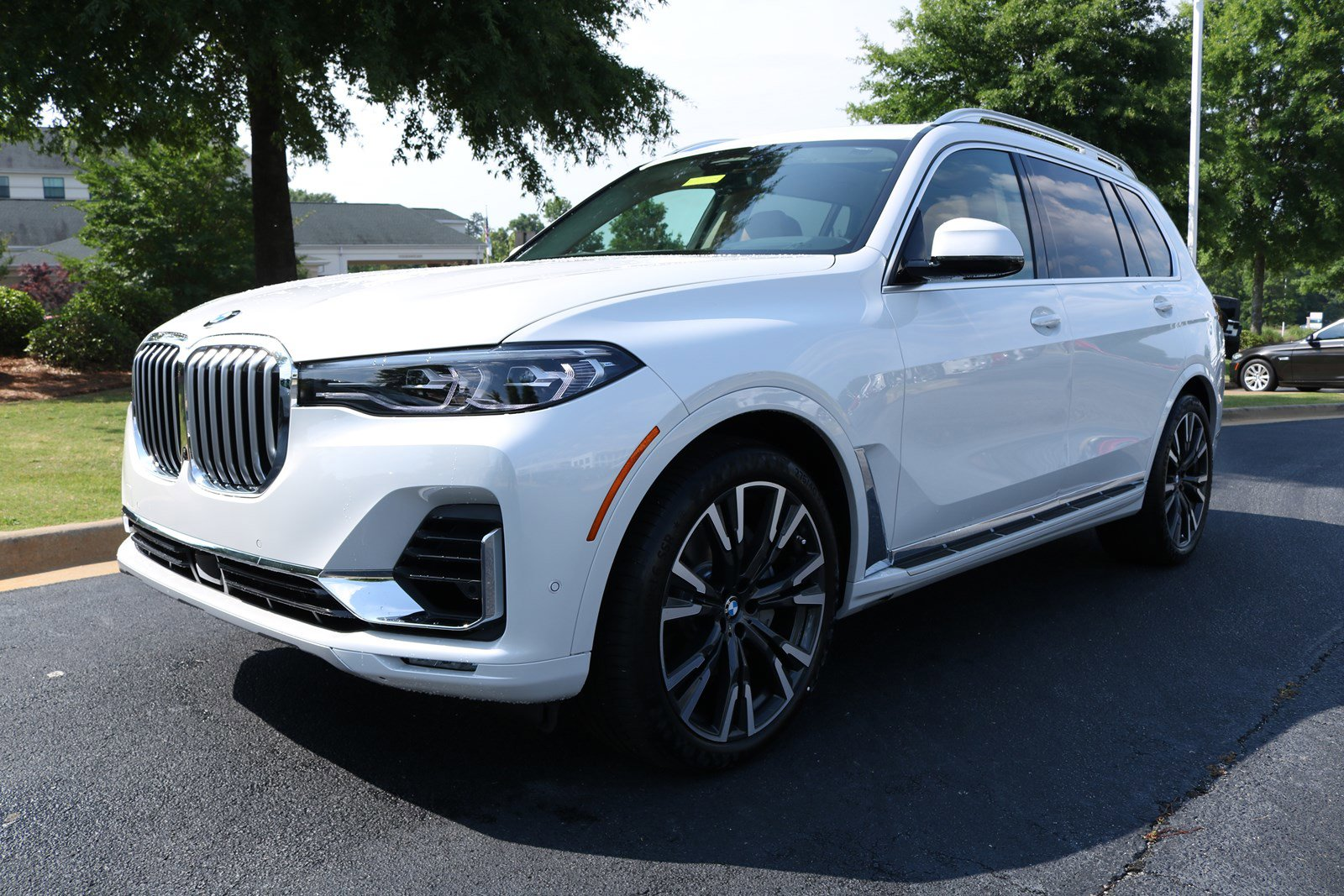 New 2019 BMW X7 xDrive50i