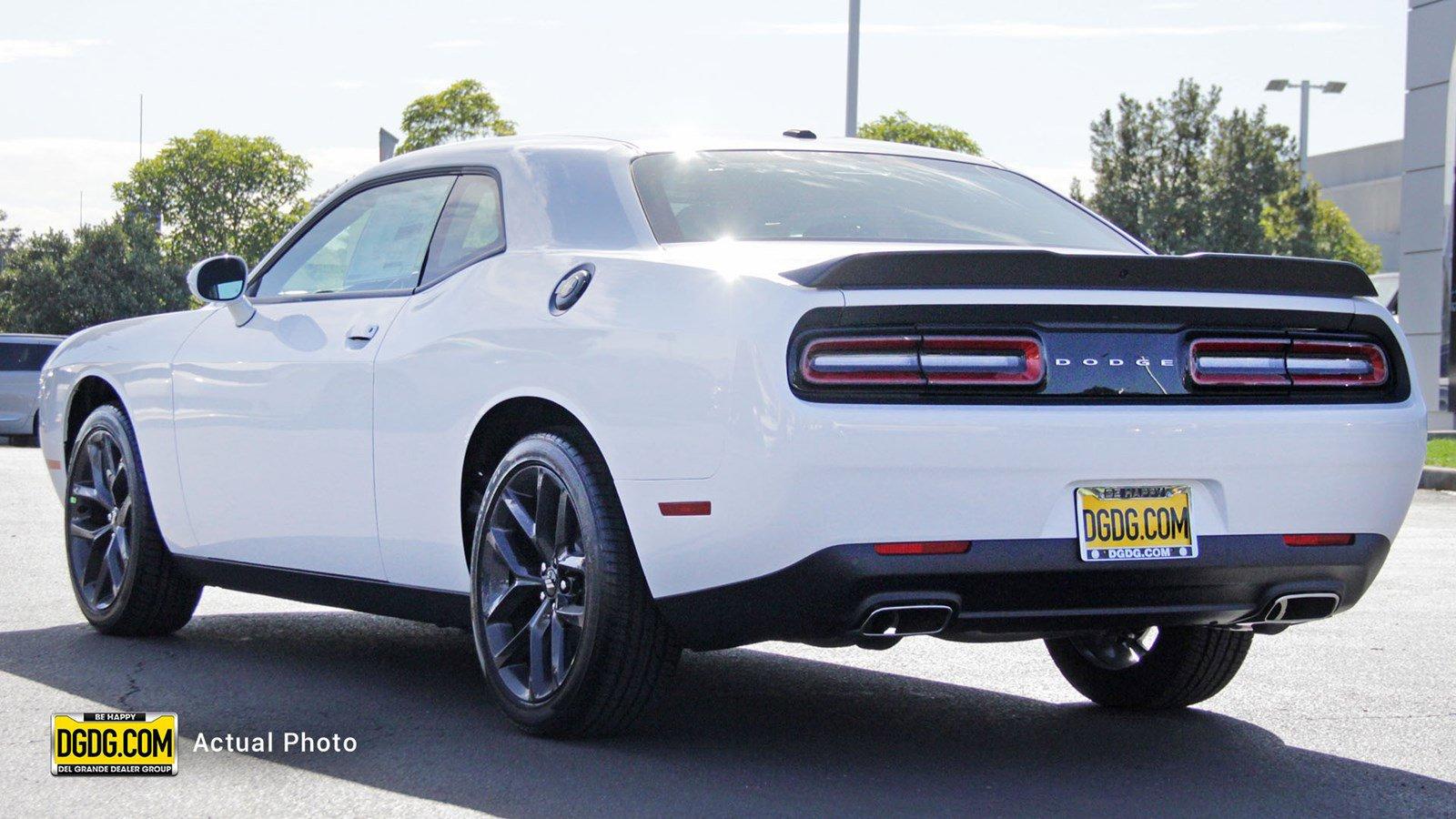 New 2019 Dodge Challenger SXT