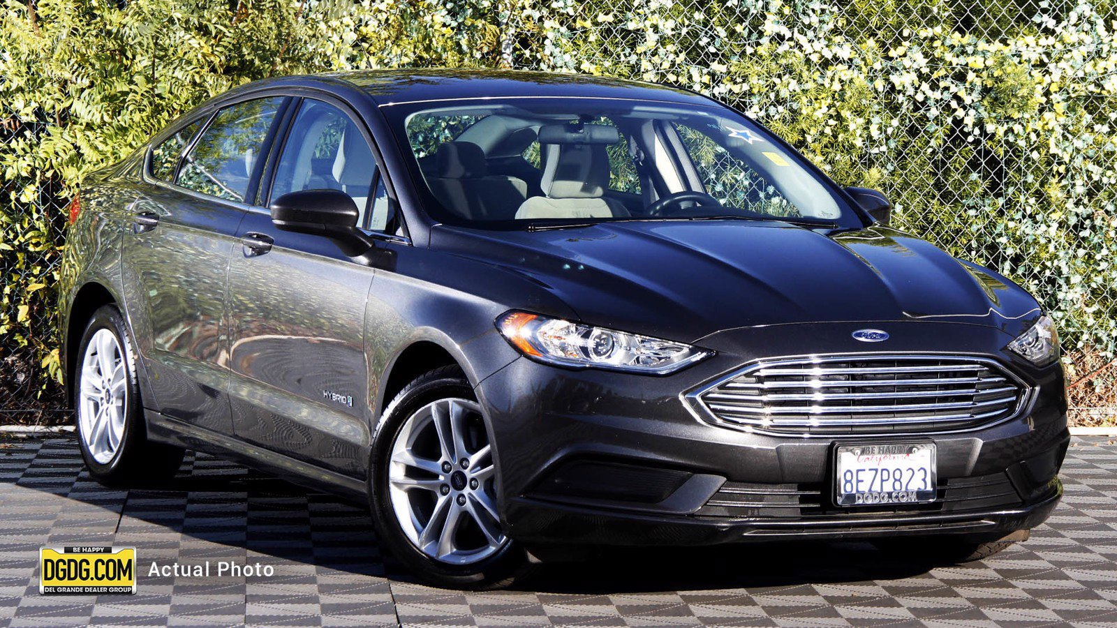 Pre-Owned 2018 Ford Fusion Hybrid S
