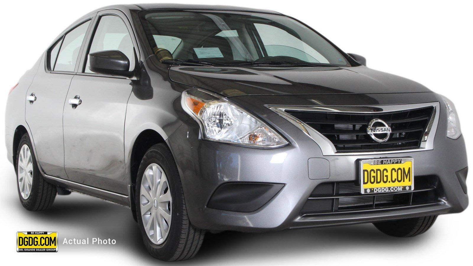 New Nissan Versa Sedan SV