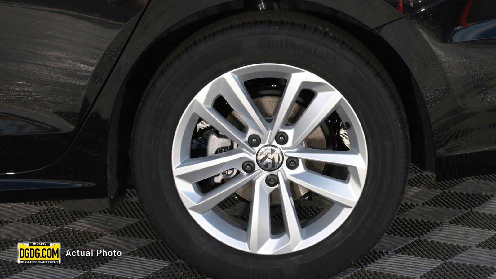 New 2020 Volkswagen Passat 2.0T S