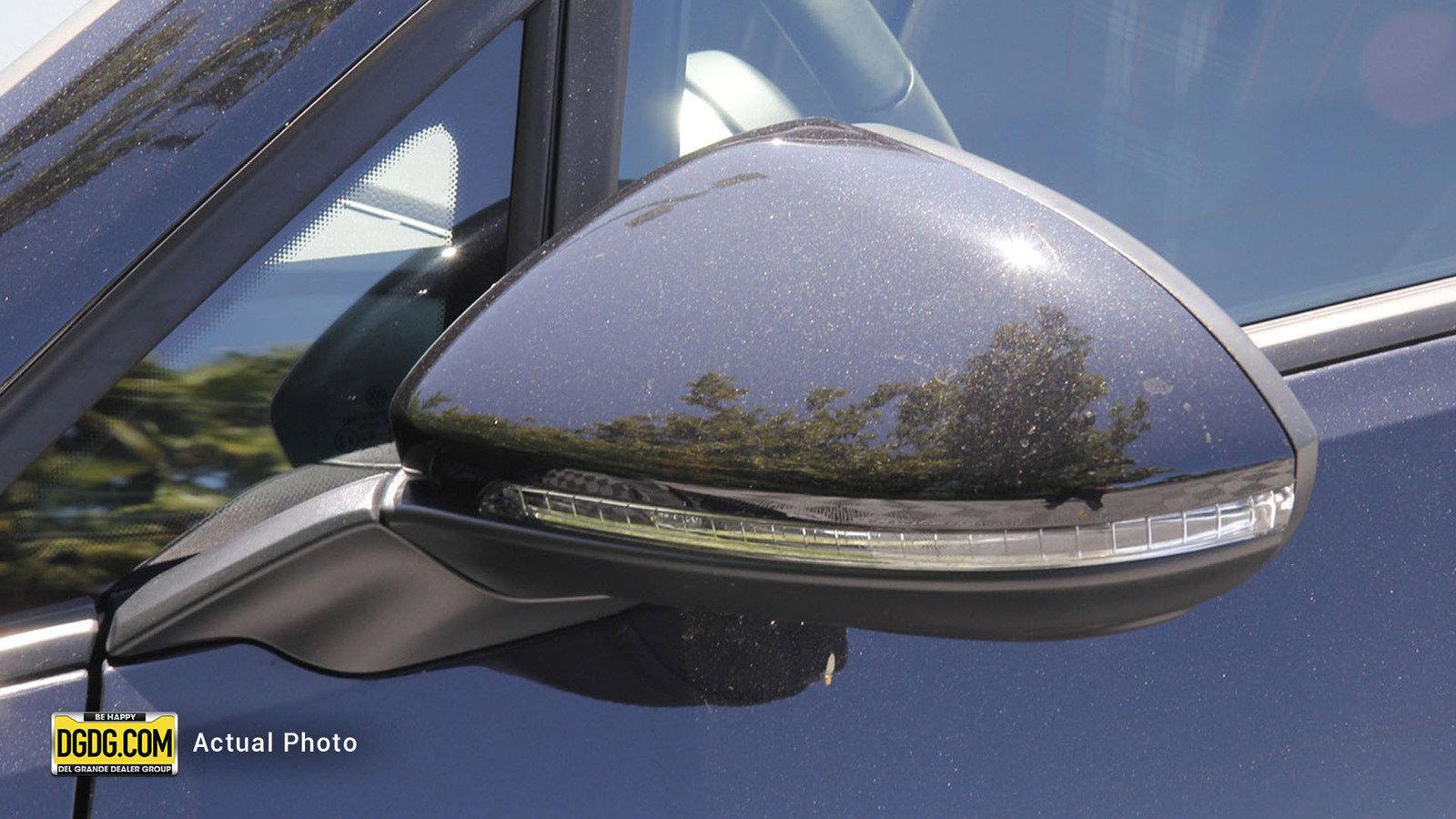 New 2020 Volkswagen Golf GTI S